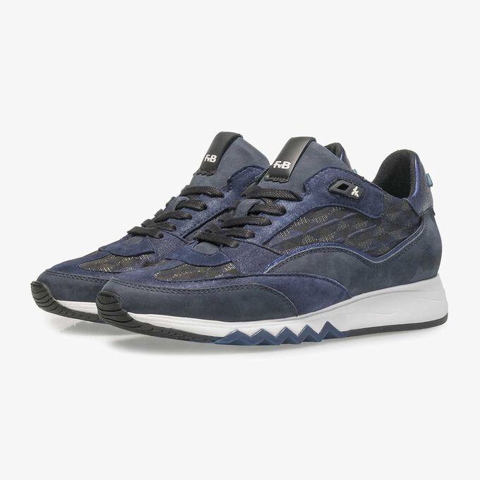 Blauer Wildleder-Sneaker mit Grafikprint