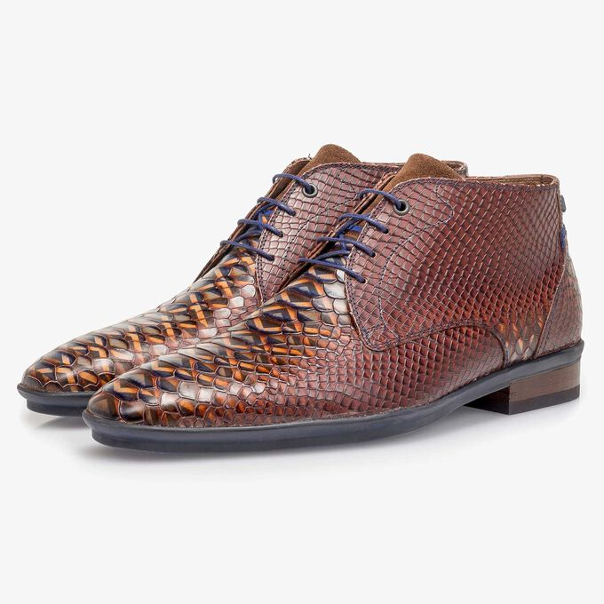 Cognac-coloured calf leather lace shoe with snake print