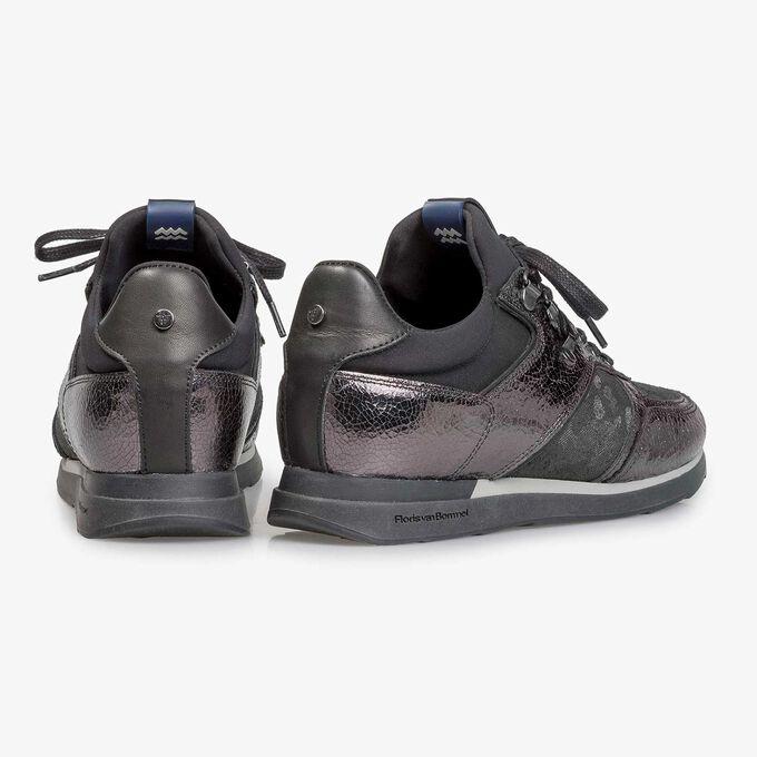 Dark grey leather sneaker with metallic print