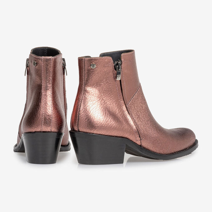 Ankle boot craquelé leather pink
