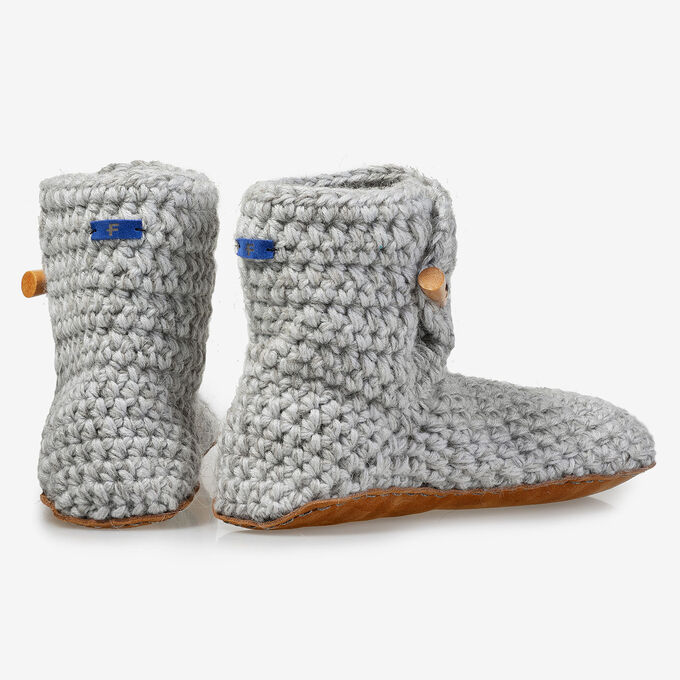 Kingdom of Wow home slippers