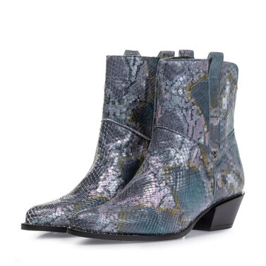Boot printed leather