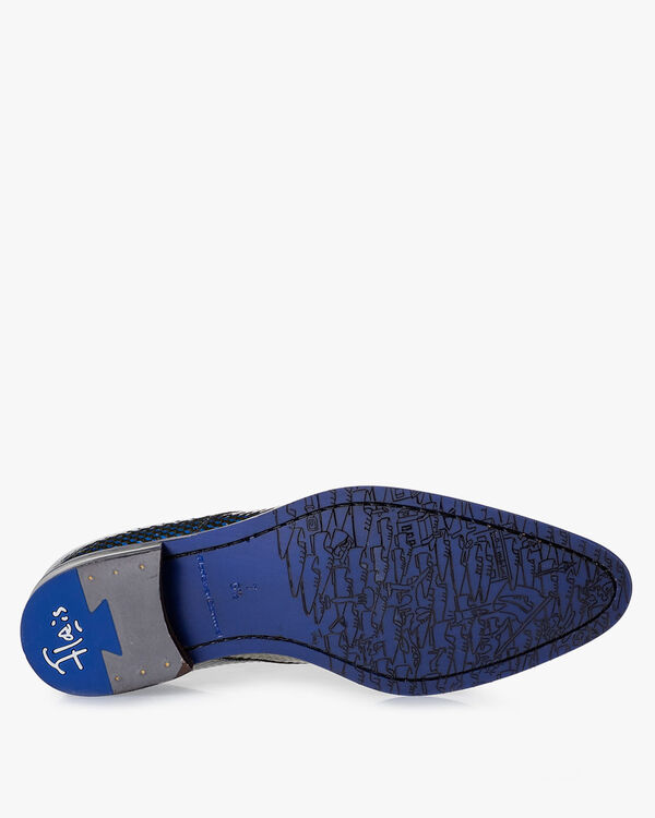 Lace shoe patent leather blue