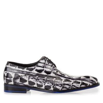 Lace shoe black and white croco print