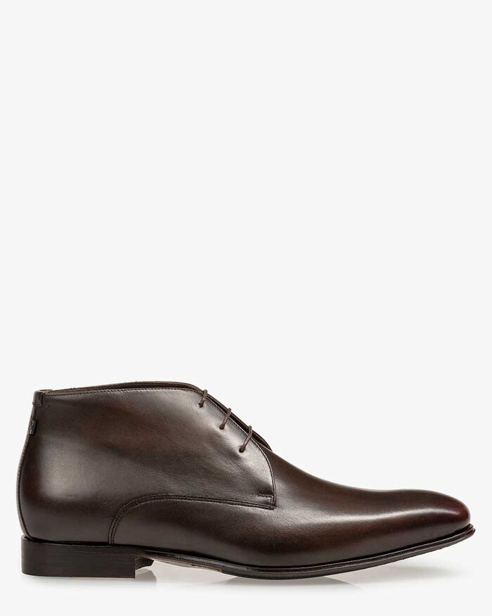 Lace boot calf leather dark brown