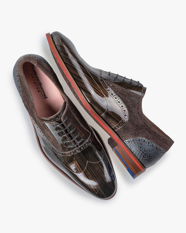 Brogue bronze patent leather