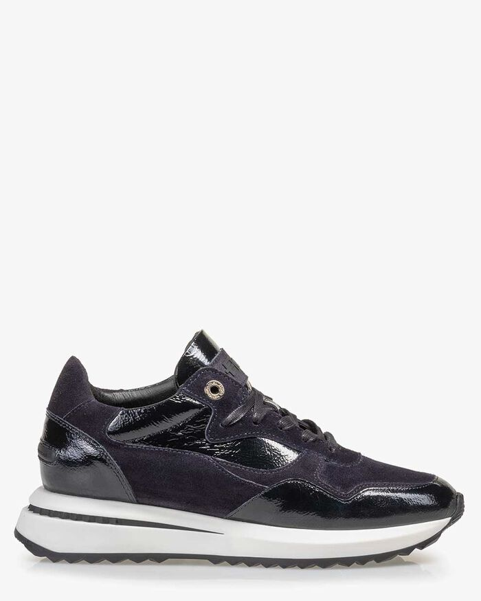 Sneaker patent leather blue