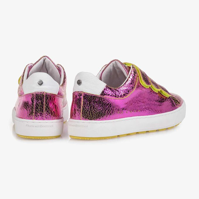 Pink metallic leather sneaker with craquelé effect
