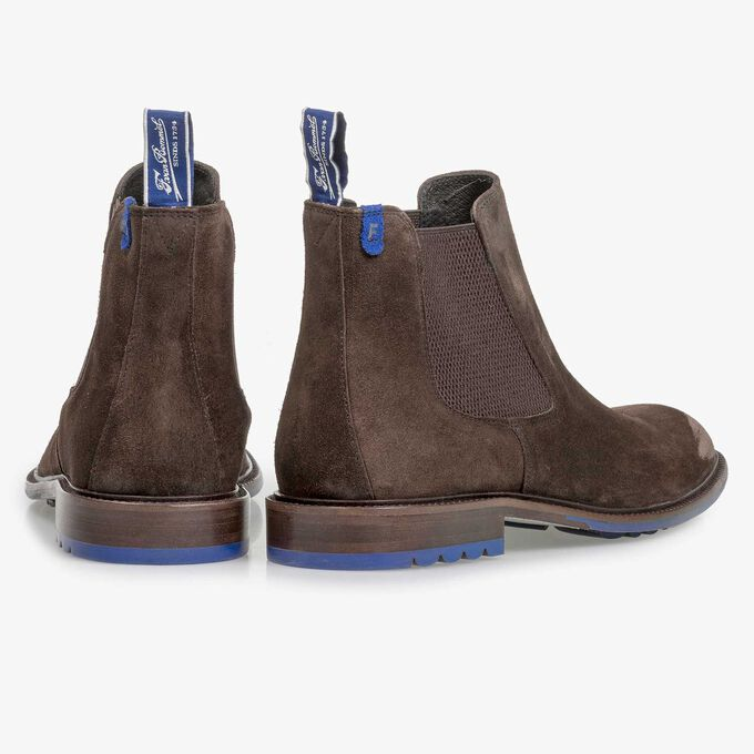 Dark brown calf suede Chelsea boot
