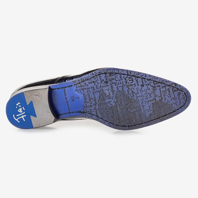 Schnürschuh blaues Lackleder
