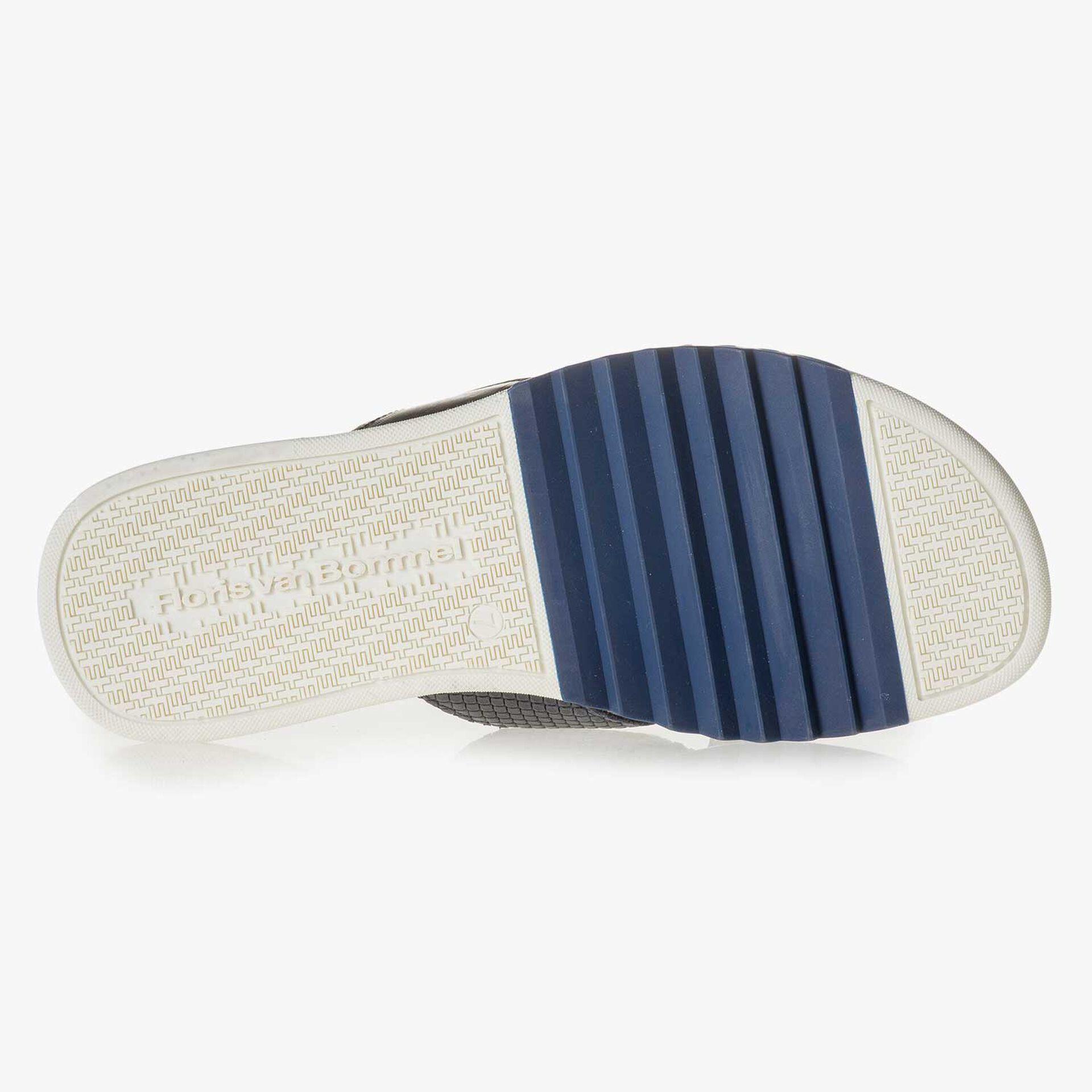 Blauer gemusterter Leder-Slipper