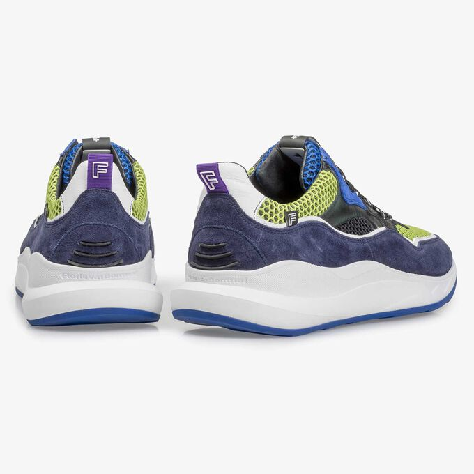Dunkelblauer mehrfarbiger Wildleder-Sneaker
