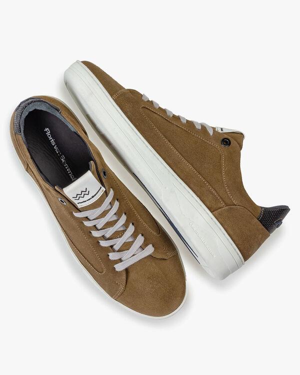 Sneaker beige suede leather