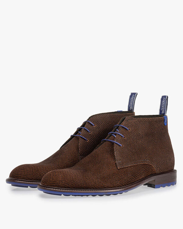 Boot with print cognac