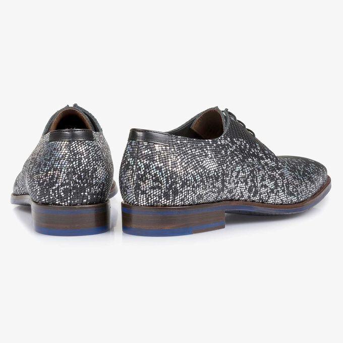 Black premium lace shoe with silver metallic print
