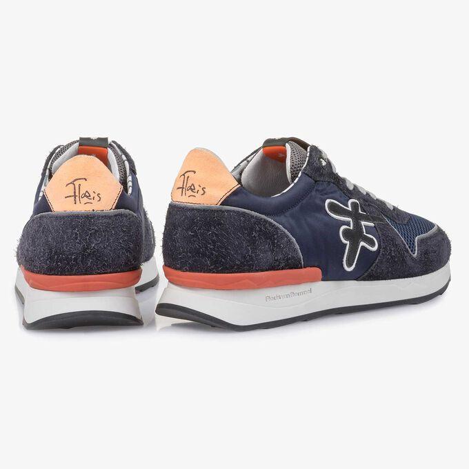 Dunkelblau-orangefarbener Wildleder-Sneaker