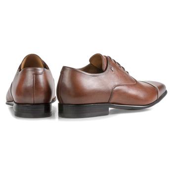 Cognac-coloured calf leather lace shoe