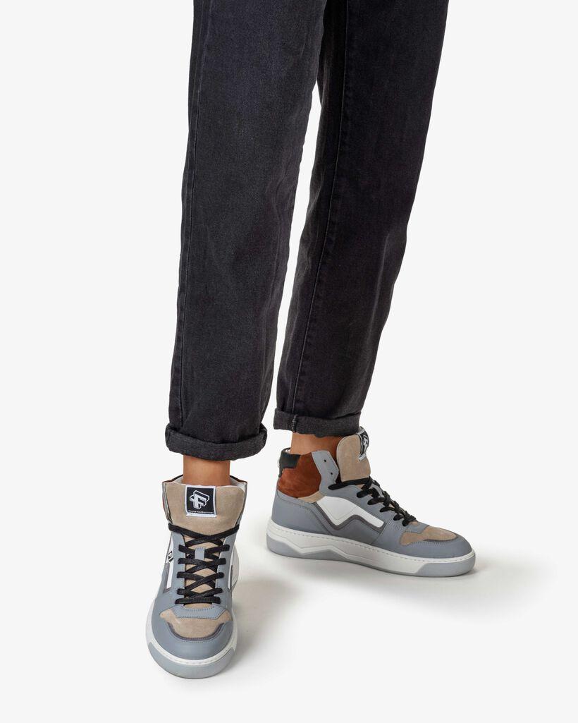Sneaker leather grey