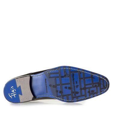 Kalbsleder Schnürschuh mit gelaserten Muster