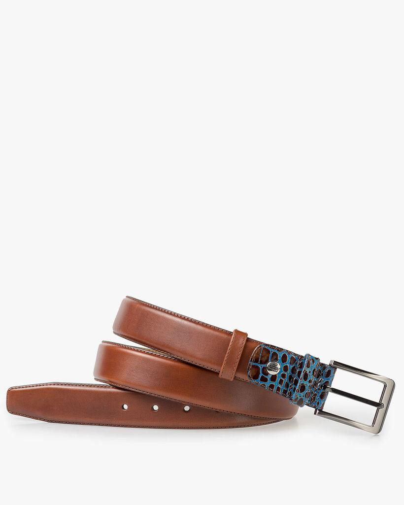 Medium brown leather belt