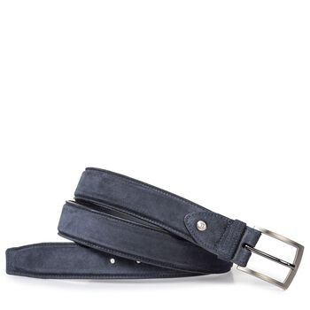 Lightly buffed, blue suede leather belt