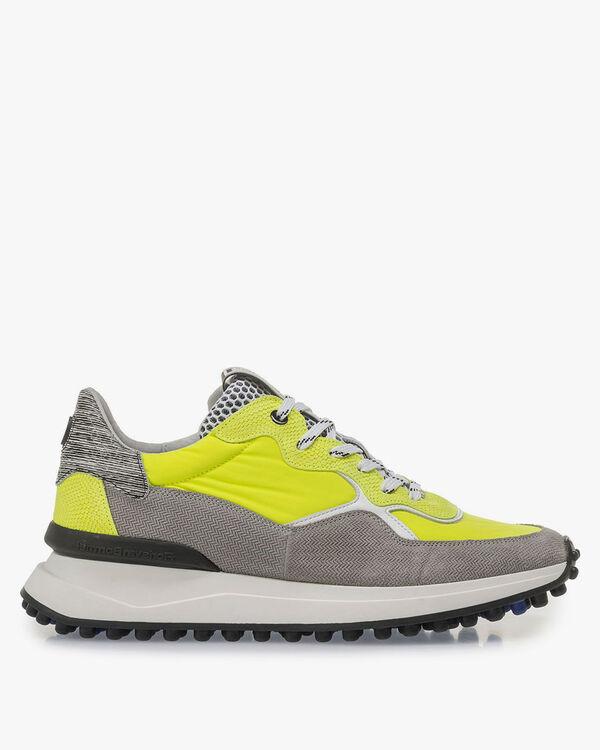Premium grey and yellow sneaker