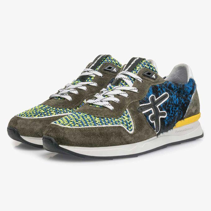 Grüner Premium-Wildleder-Sneaker mit Farbakzenten