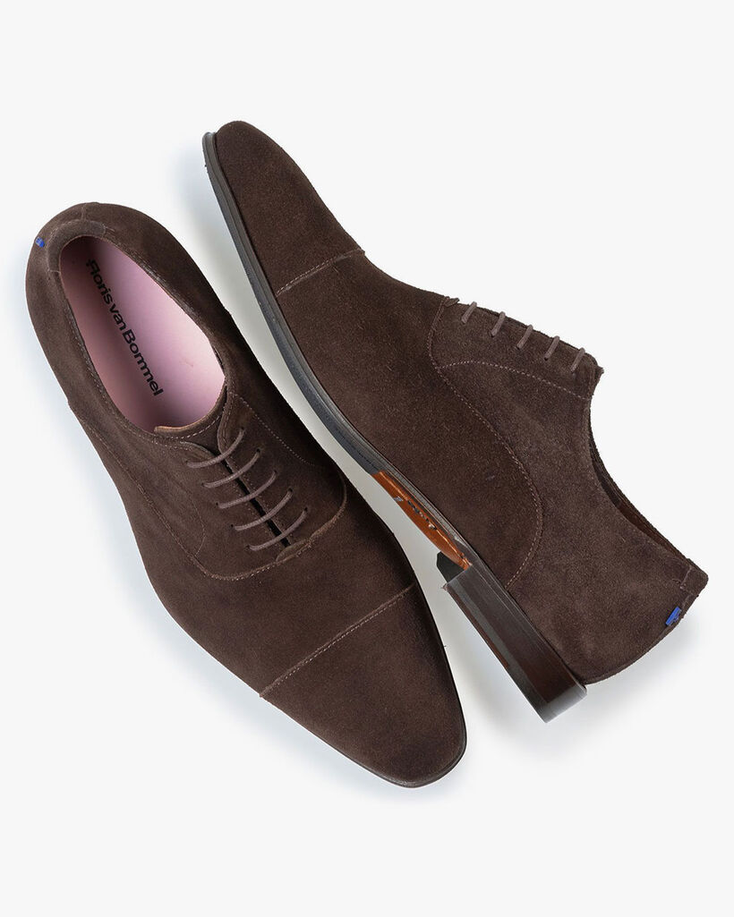 Lace shoe dark brown suede leather