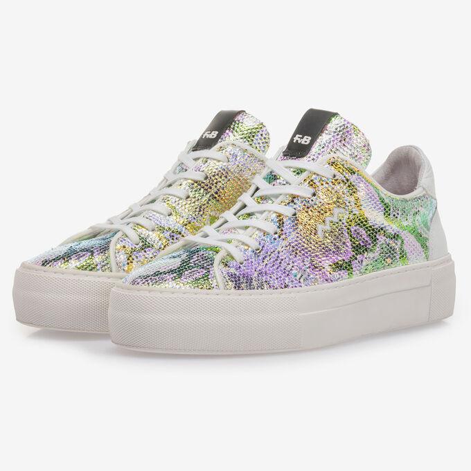 Sneaker mit grün-goldenem Metallic-Print