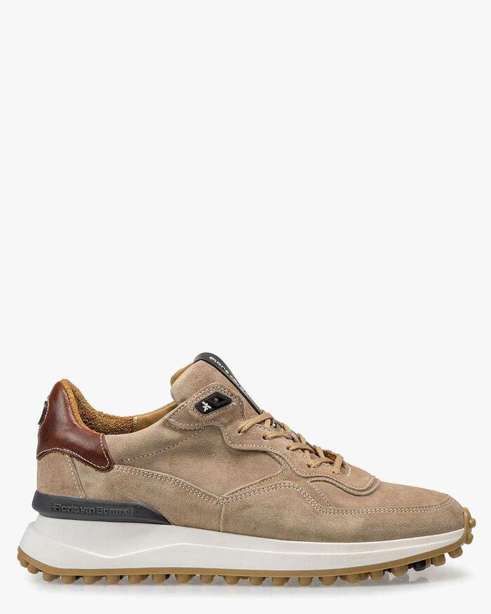 Beiger Wildleder-Sneaker
