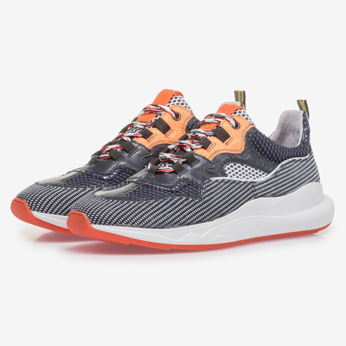 Orange-schwarzer Premium Wildleder-Sneaker