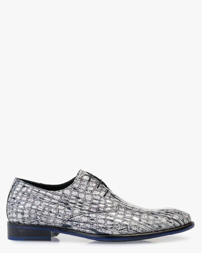 Lace shoe patent leather white