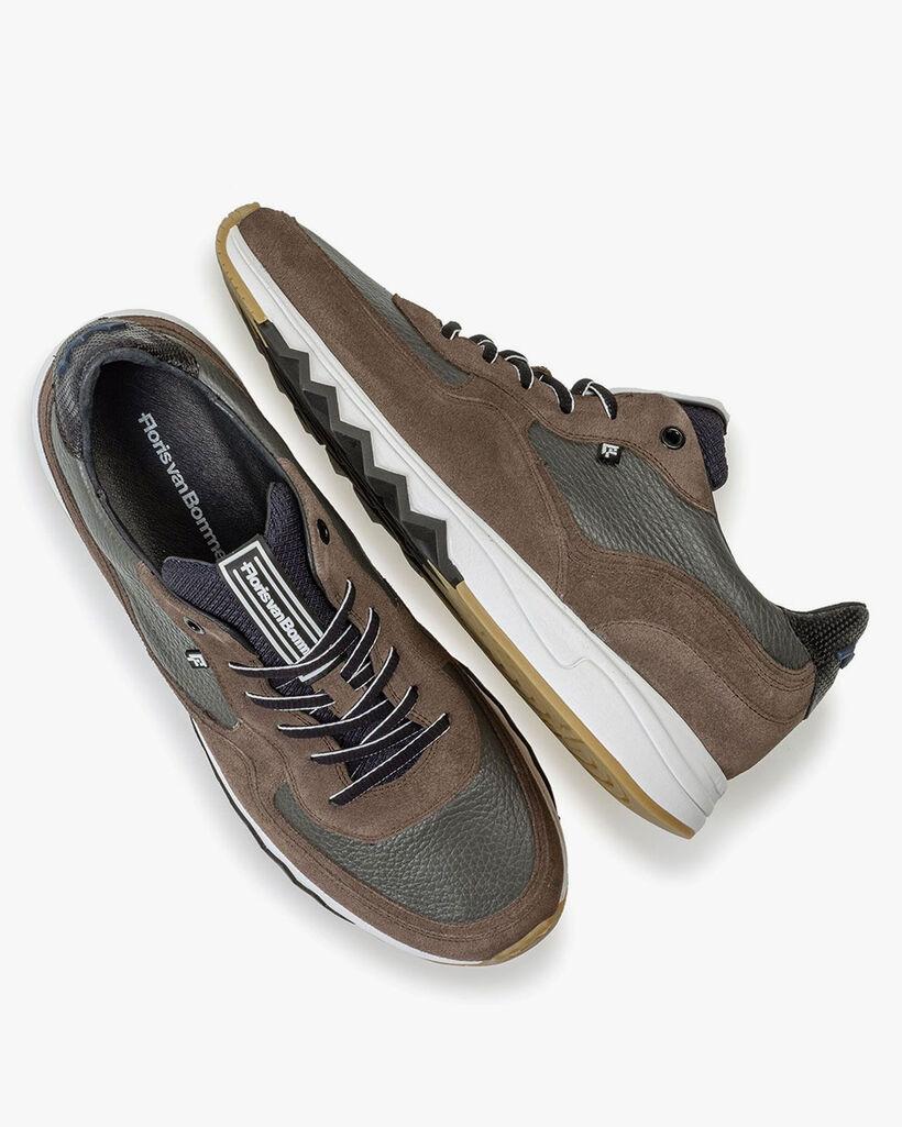 Nineti-Sneaker grau