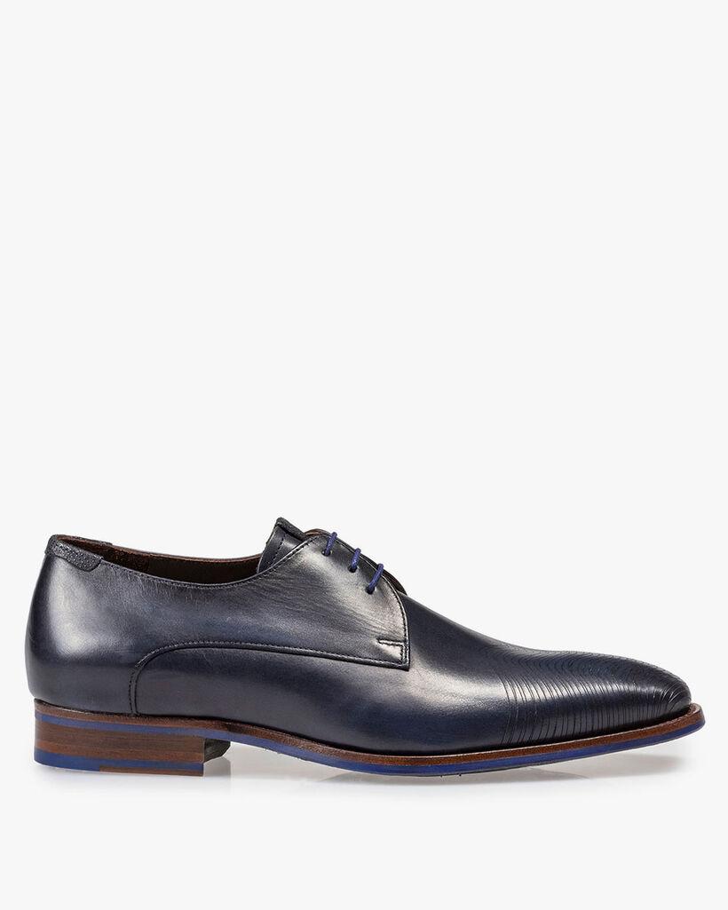 Dark blue leather lace shoe