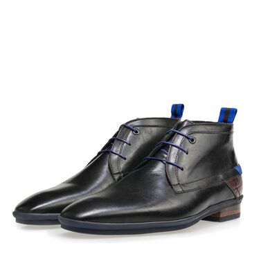 Lace-up boot with rubber sole