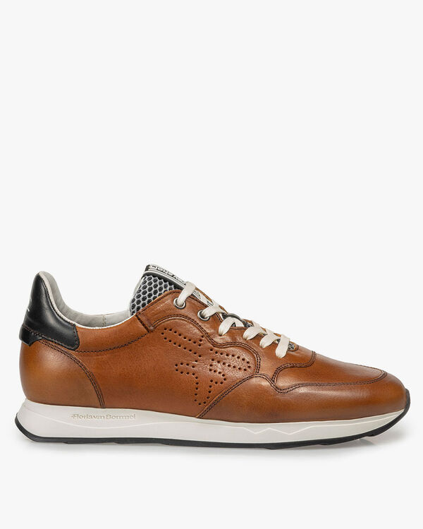Cognac-coloured calf leather sneaker