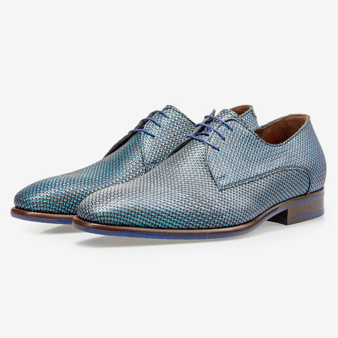 Lace shoe blue metallic print