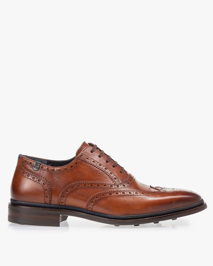 Brogue calf leather cognac