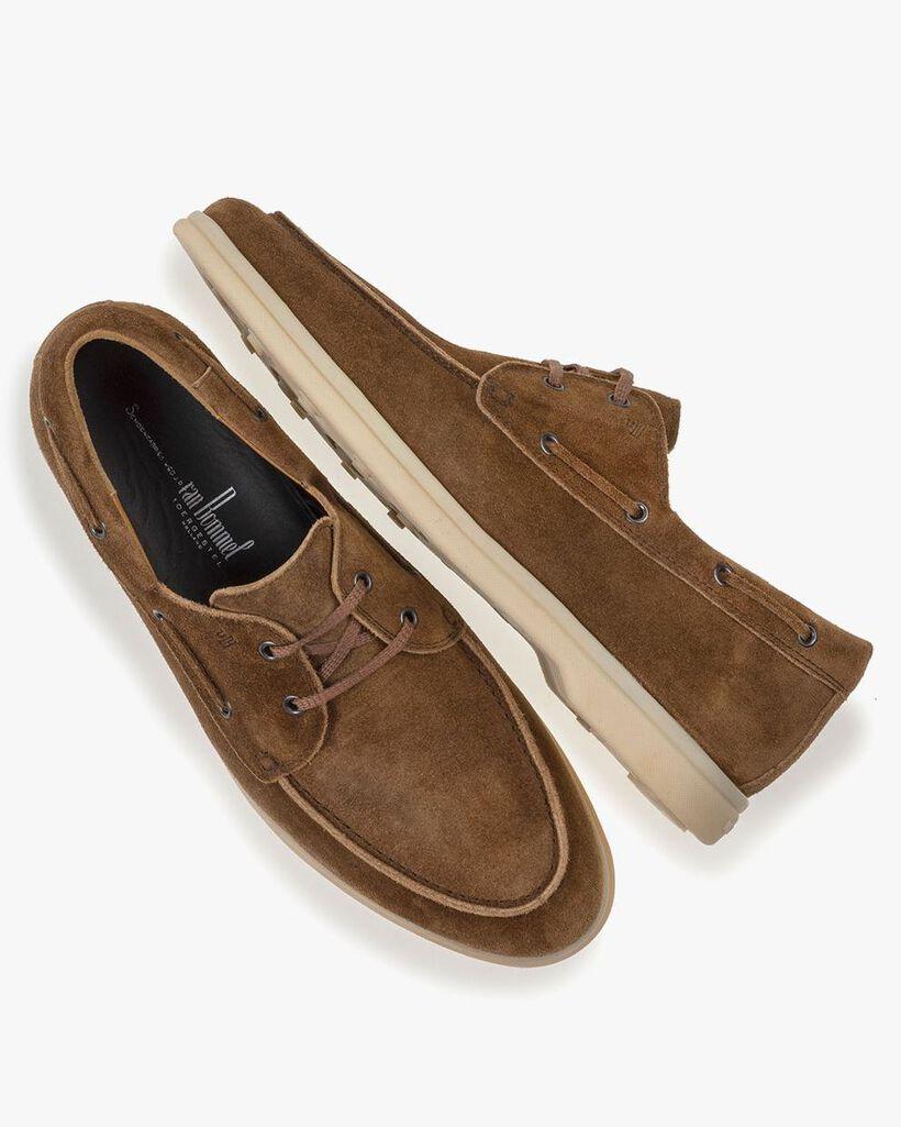 Boat shoe suede leather cognac