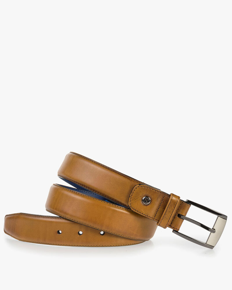 Cognac-coloured calf's leather belt