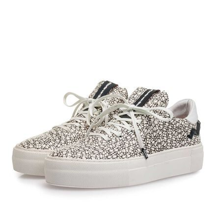 Structured leather sneaker