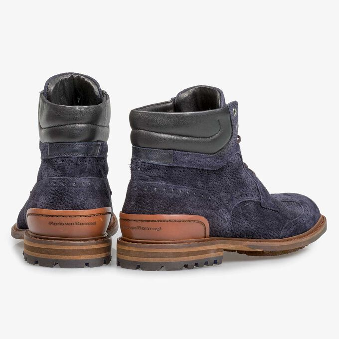 Dark blue suede lace boot with print