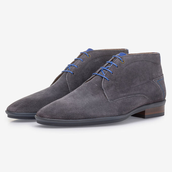 Dark grey suede leather lace boot with print