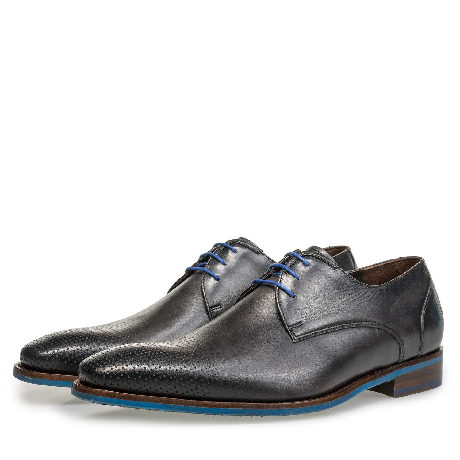18193/02 - Grey patterned calf's leather lace shoe