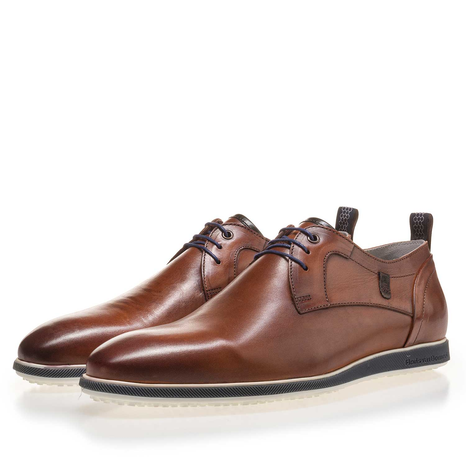 14076/03 - Cognac-colored leather lace shoe