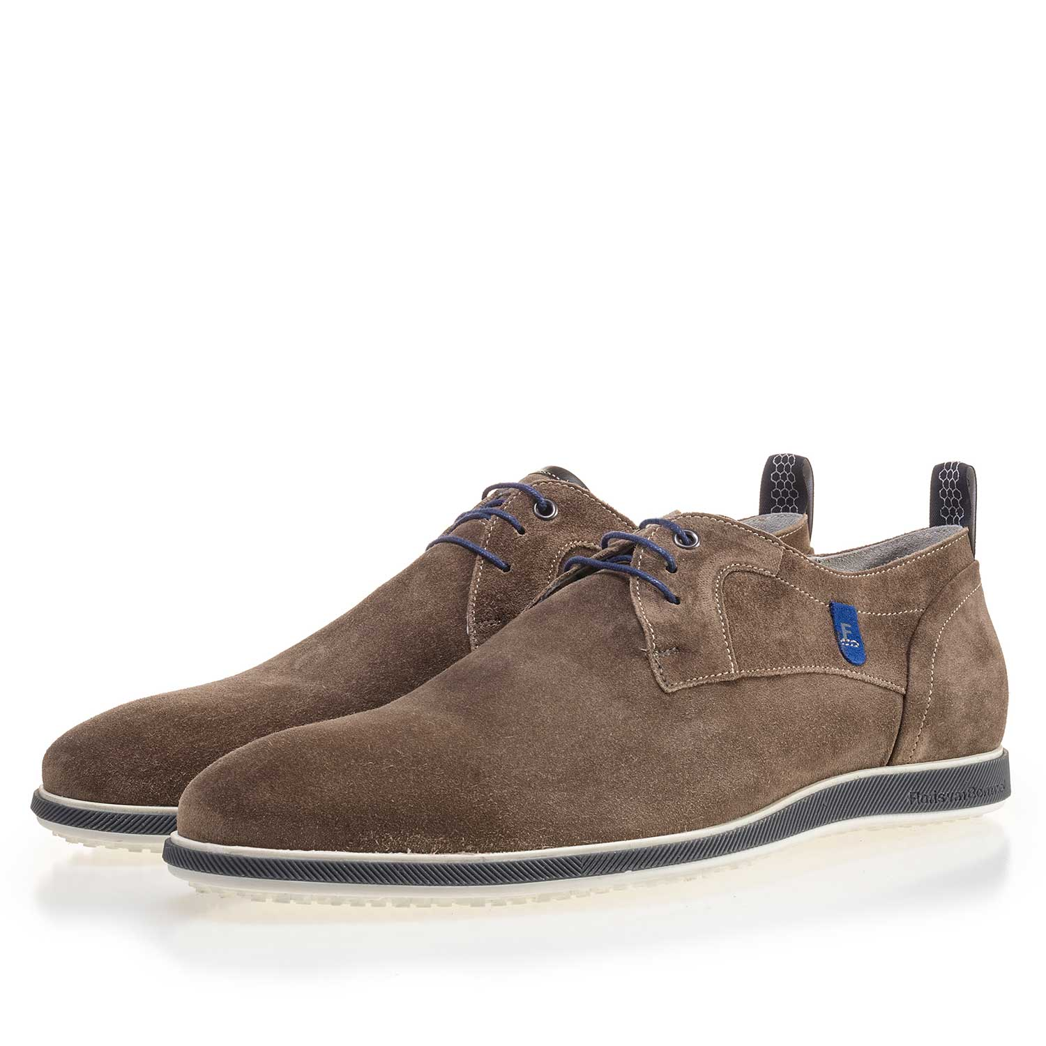 14076/01 - Taupe-coloured suede leather lace shoe