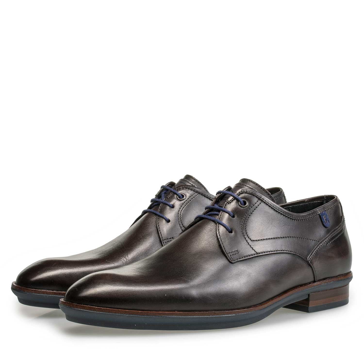 14293/01 - Dark brown calf's leather lace shoe