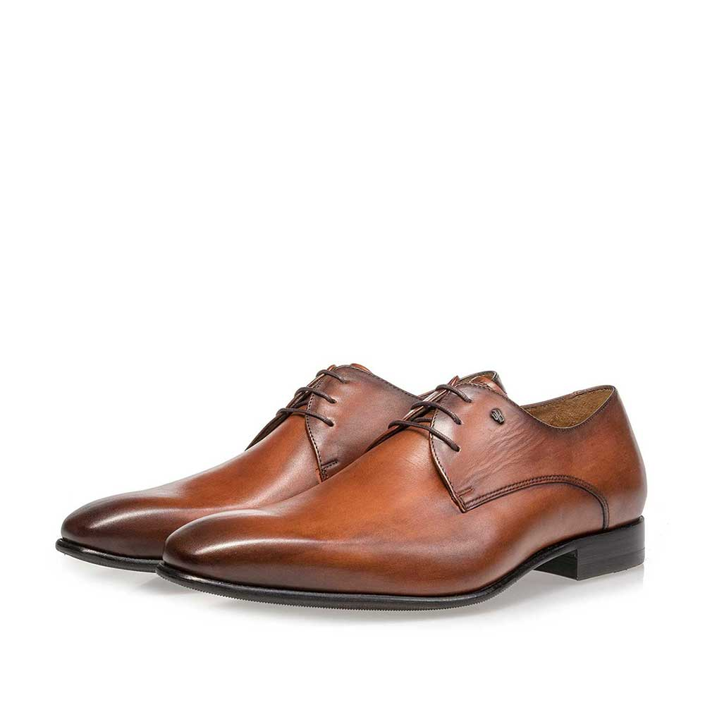 18295/00 - Cognac-coloured leather lace shoe