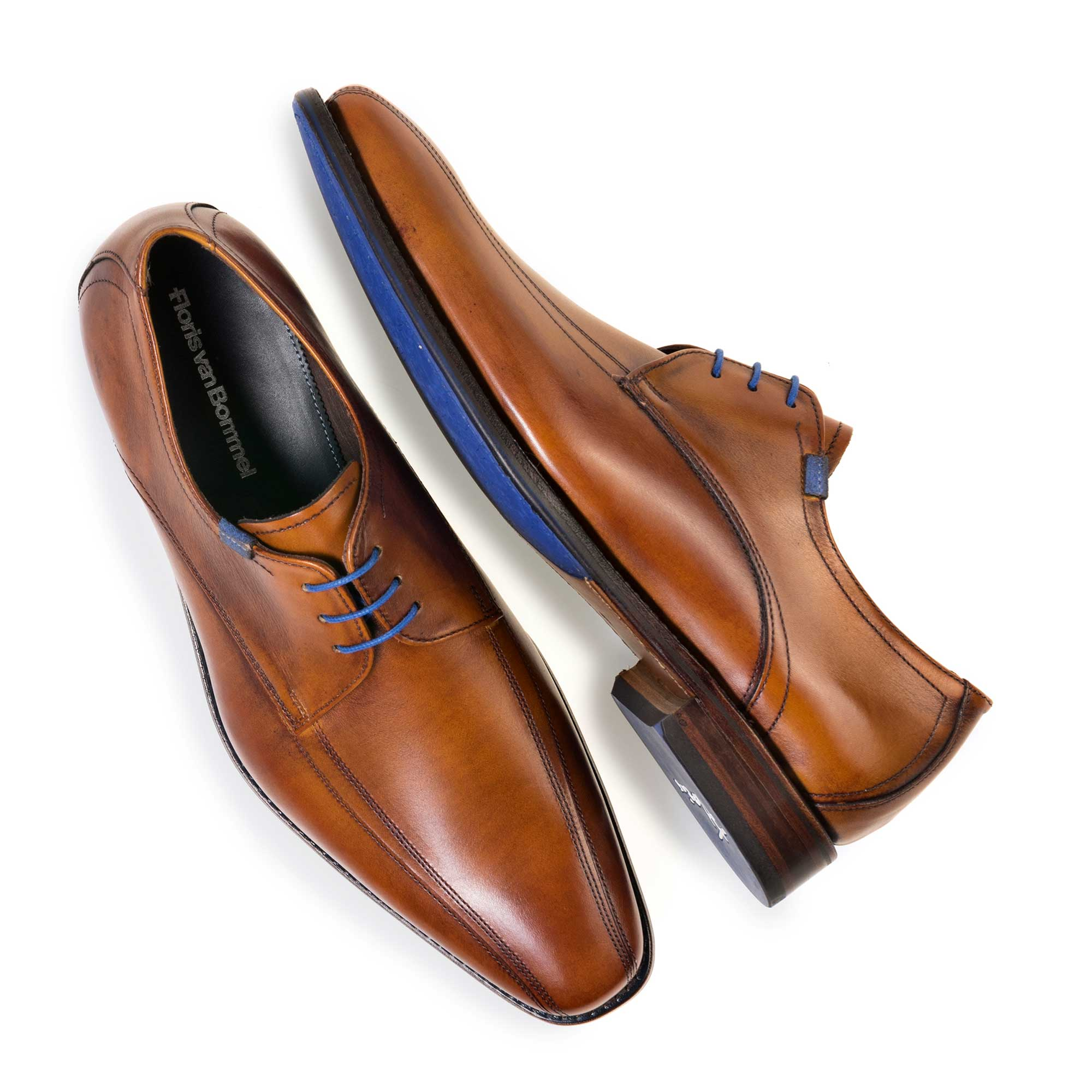 14470/00 - Cognac-coloured calf's leather lace shoe