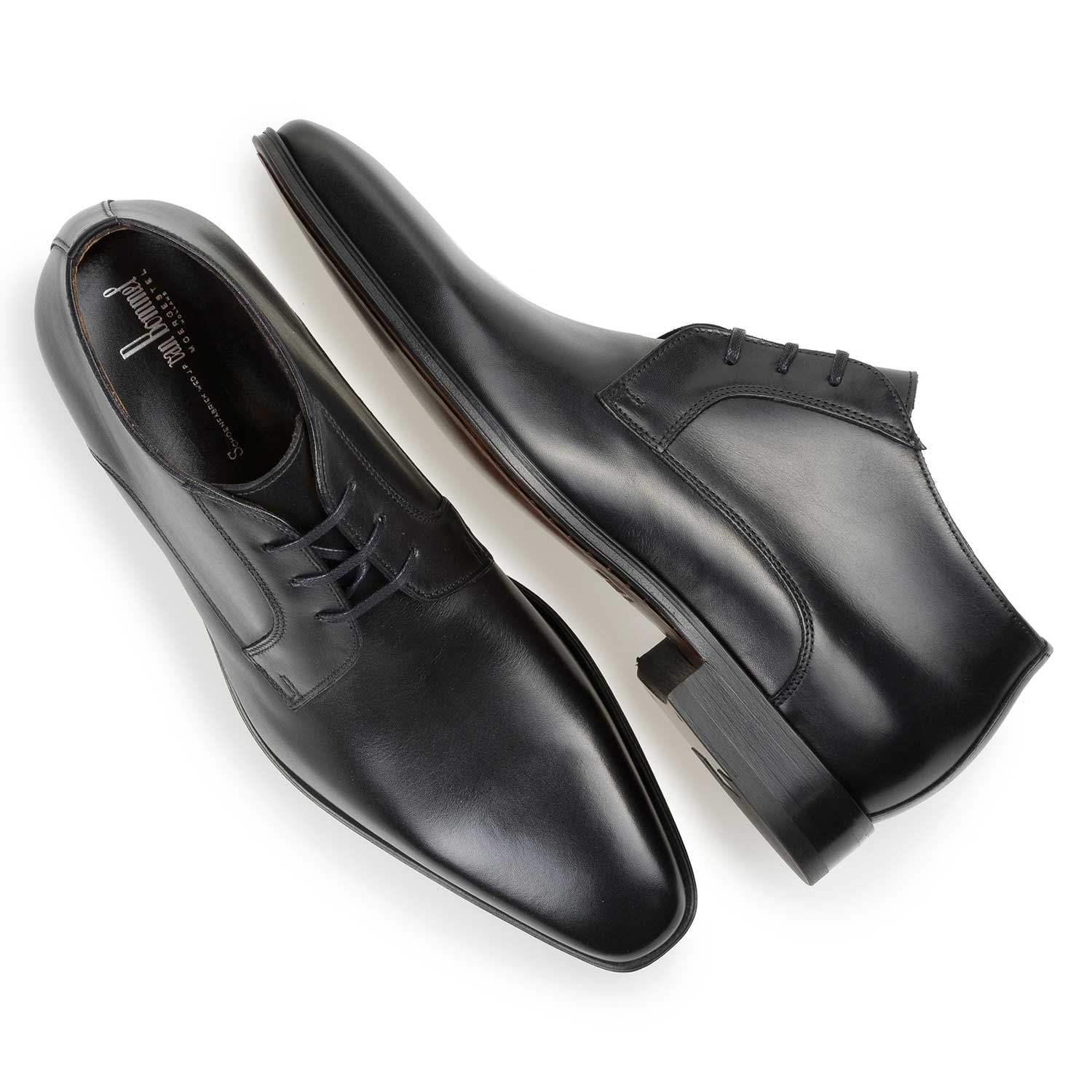 10599/00 - Black calf leather lace shoe